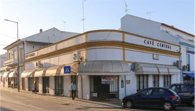 """Reguengos de Monsaraz: Centro turístico """"nasce"""" no antigo Café Central"""