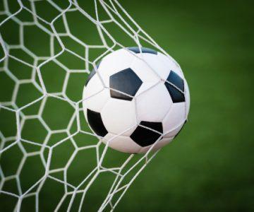 Futebol: Lusitano novamente líder da Liga Elite
