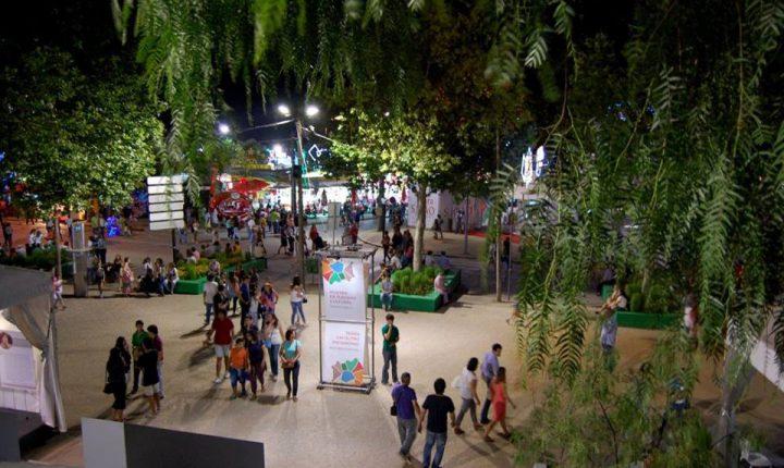 PEV apresenta exposição de cartoons na Feira de S. João em Évora