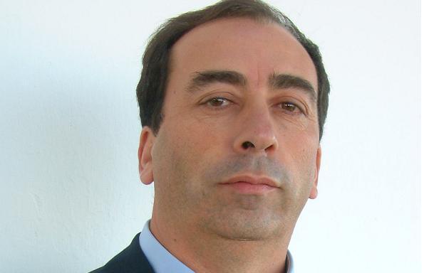 Mora: Presidente da câmara tenta terceiro mandato