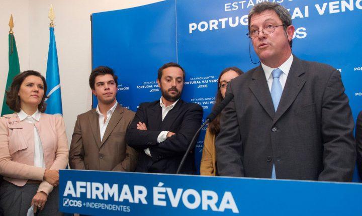 """Évora: CDS-PP fala em """"resultado histórico"""" nas autárquicas"""