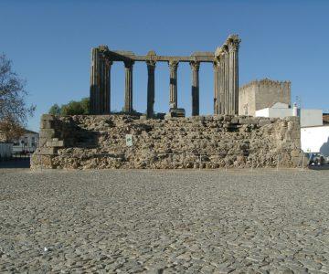 Évora: Laboratório Hercules intervém no Templo Romano