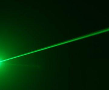 Alentejo: Arrisca 10 anos de prisão por apontar laser a aeronave