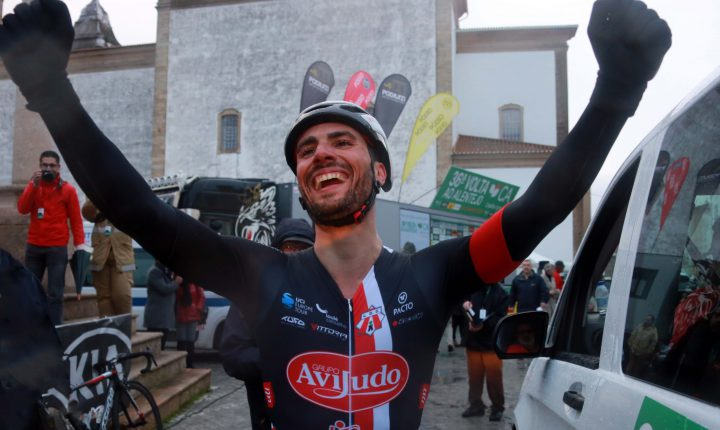 Luís Mendonça conquista Volta ao Alentejo em bicicleta