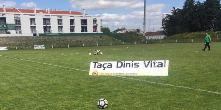 Futebol: Taça Dinis Vital em direto