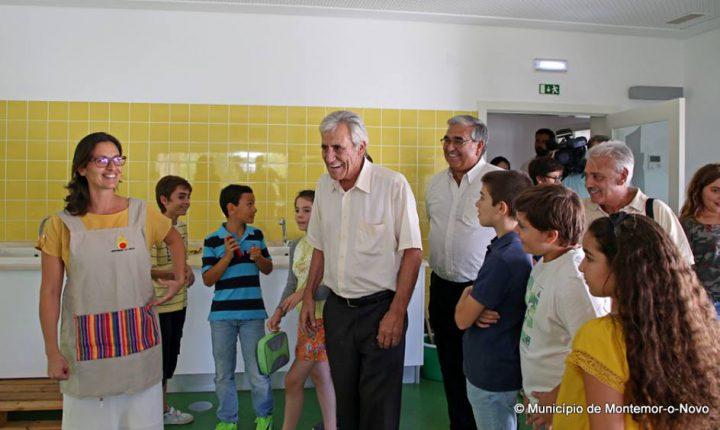 Jerónimo culpa Governo por falta de funcionários nas escolas
