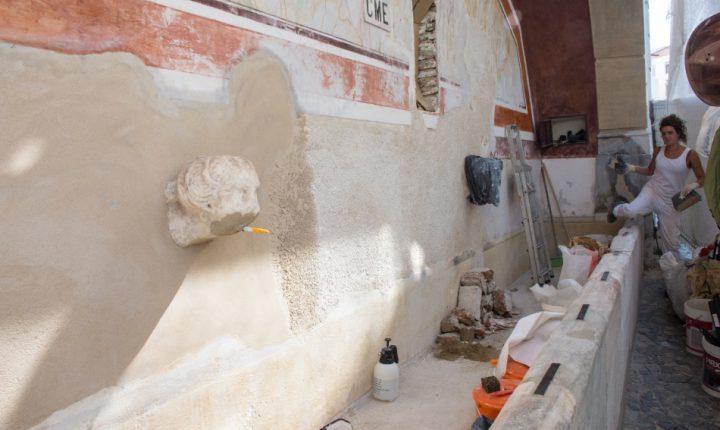 Câmara de Évora conclui restauro de dois chafarizes