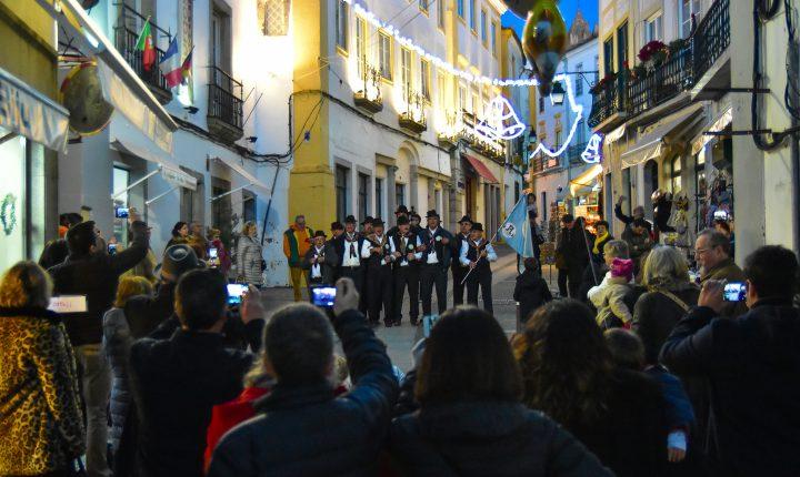 """Évora """"canta"""" Janeiras"""