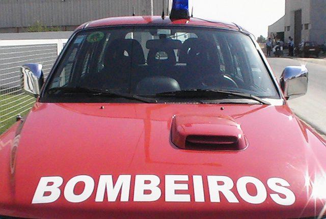 Mais de 400 bombeiros do distrito de Évora vacinado contra a covid-19