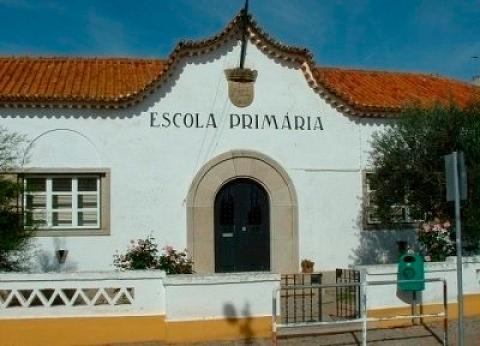 Câmara de Évora revoga contrato com Ministério da Educação