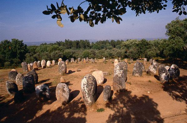 Governo fixa zona especial de proteção do Cromeleque dos Almendres