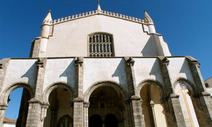 Três órgãos históricos vão tocar em simultâneo em Évora