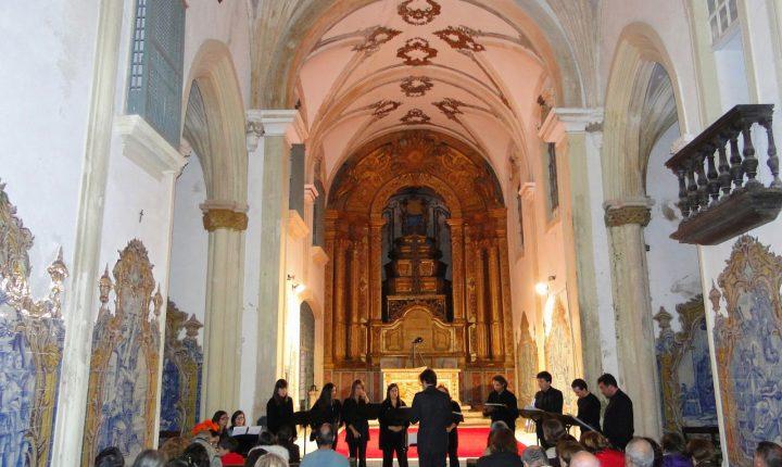 La Trova atua hoje no Mosteiro de São Bento de Cástris
