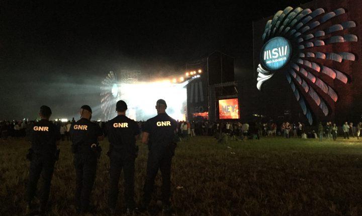 Fronteira: GNR detém cinco pessoas em festival de música