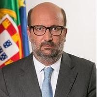 Borba: Funcionários da DGEG arguidos devem deixar cargos de chefia