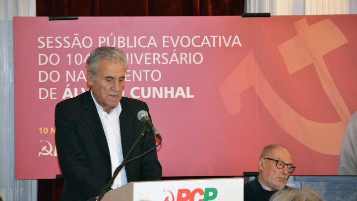 Jerónimo de Sousa passa o dia no distrito de Évora