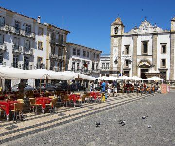 Évora contrata consultor que levou Guimarães a Capital da Cultura