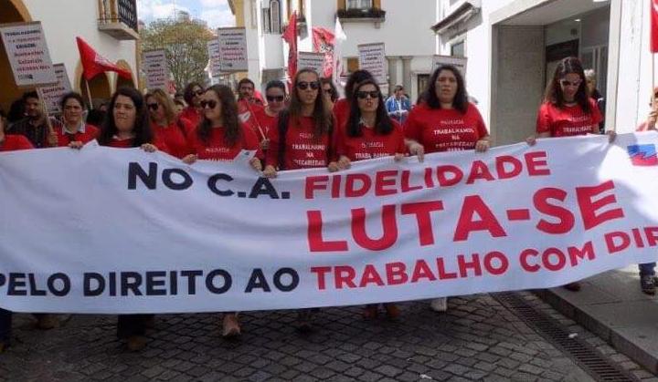 Trabalhadores do call center de Évora em greve