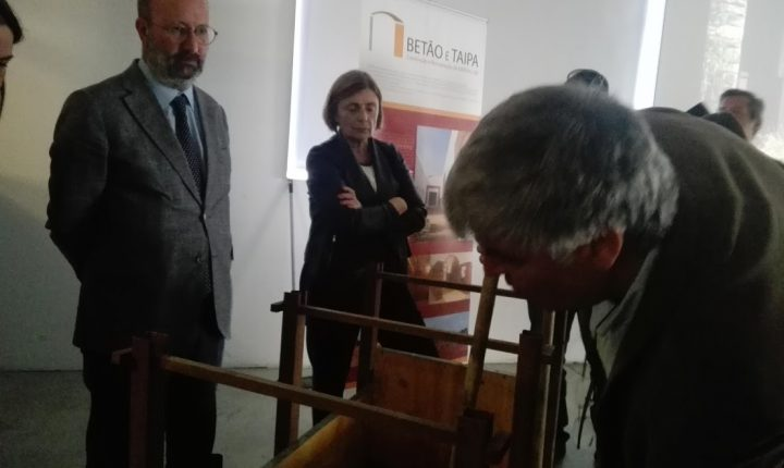Ministro do Ambiente participa em aula aberta em Évora