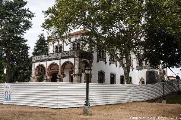 Obras do Palácio D. Manuel podem parar devido à pandemia da Covid-19