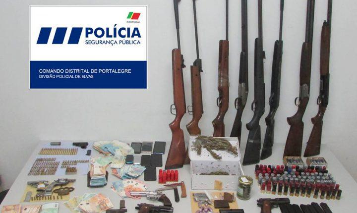 PSP detém 12 pessoas em Elvas e apreende armas e droga