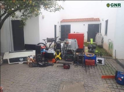 Prisão preventiva para dois suspeitos de furtos detidos em Ferreira do Alentejo