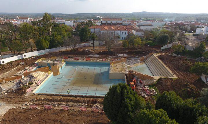 Portel lança novo concurso para concluir obras nas piscinas municipais