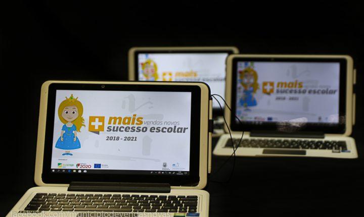 Vendas Novas entrega tablets aos alunos para promover sucesso escolar