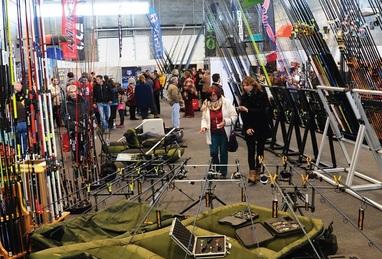 Maior feira de artigos de pesca desportiva começa hoje em Mora