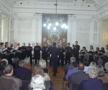 "Coro Polifónico ""Eborae Mvsica"" dá concerto comemorativo do 25 de Abril"