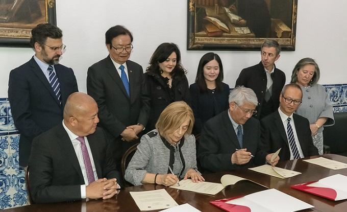 Universidades de Évora e Macau juntas em projetos de património e tradução
