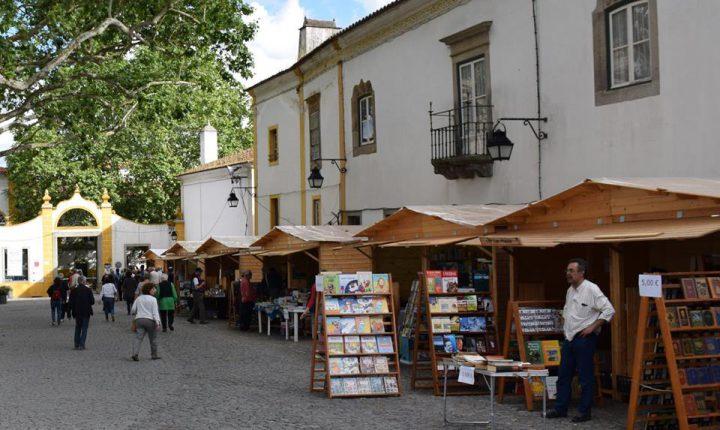"""""""Livros à Rua"""" começa hoje em Évora"""