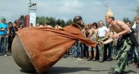 Festival Lá Fora em Évora tem como anfitrião Sr. Culbuto