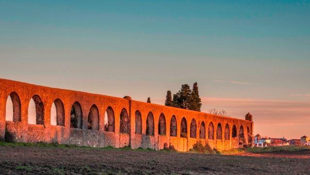 Câmara de Évora avança com reabilitação do aqueduto