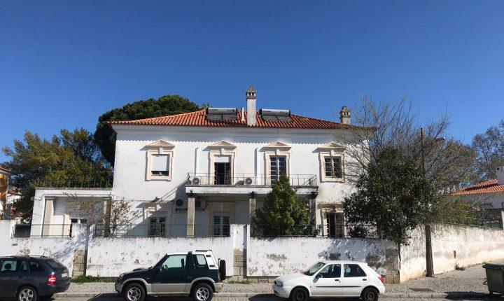 Dois imóveis em Évora integram plano de arrendamento do Governo