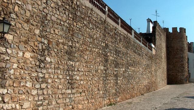 Câmara de Borba inicia obras de reabilitação e restauro no castelo