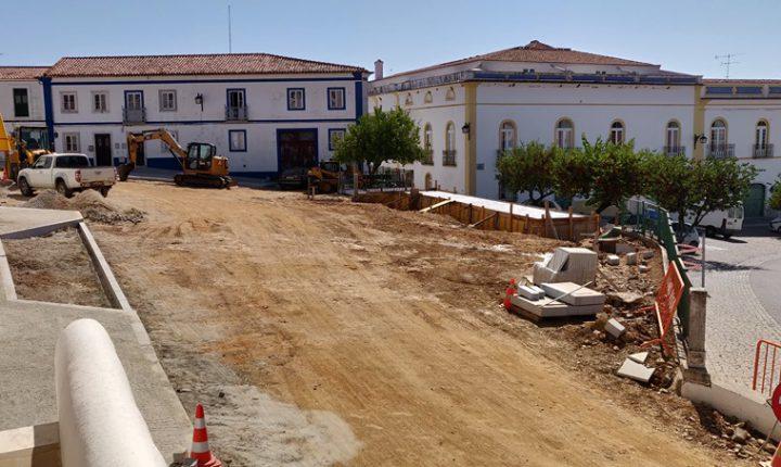 Câmara de Portel requalifica Largo Miguel Bombarda