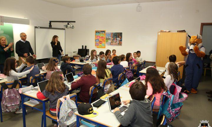 Município de Viana do Alentejo entrega tablets a alunos