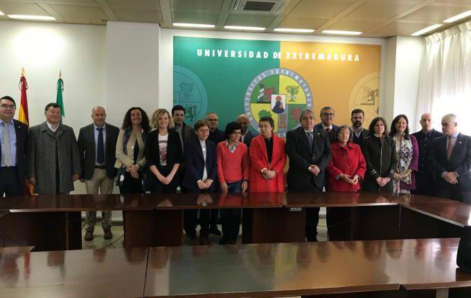 Universidades de Évora e da Extremadura ampliam colaboração