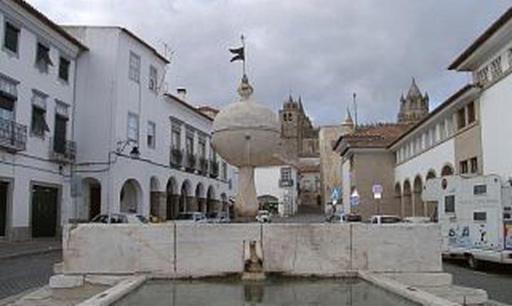 Turista agredido por grupo de pessoas em Évora