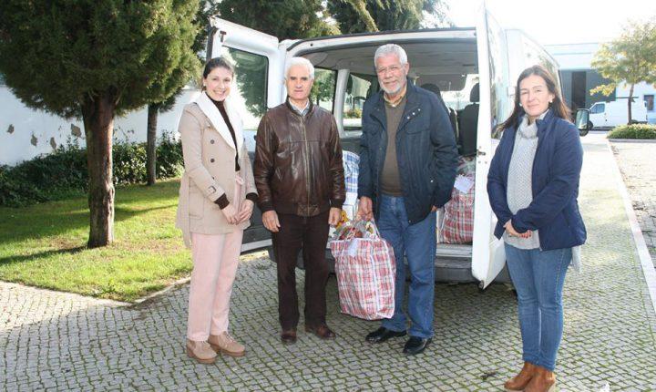 Câmara de Redondo entrega 34 cabazes de Natal a famílias carenciadas