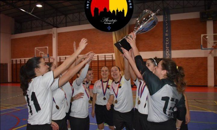 Inter de Évora sagra-se campeã interdistrital de futsal feminino