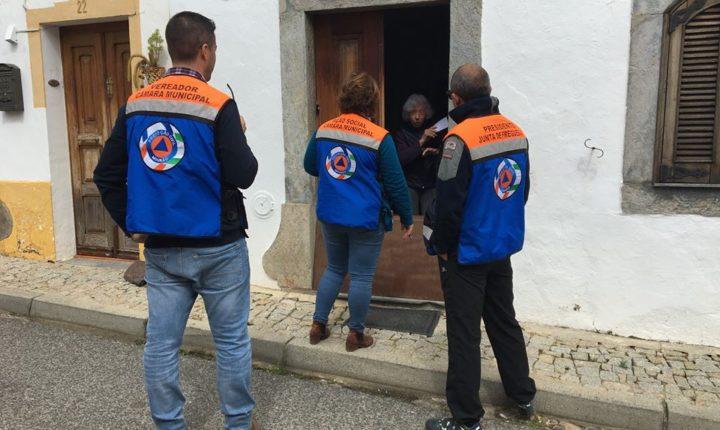 Câmara de Mourão realiza campanhas de sensibilização porta-a-porta