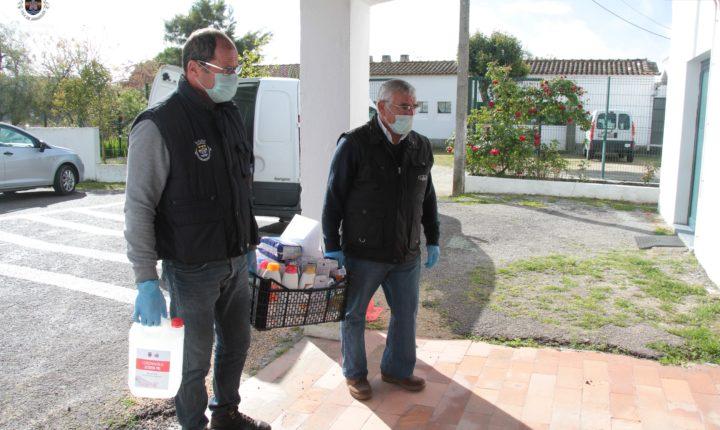 Câmara de Arraiolos entrega desinfetante e equipamentos de proteção individual