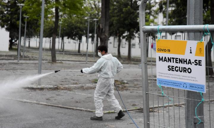 Évora continua trabalhos de higienização e limpeza de espaços públicos
