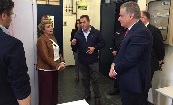 Governo visita unidade de testes covid-19 em Évora