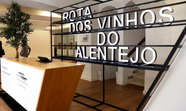 """Novo espaço da Rota dos Vinhos com selo """"Clean & Safe"""""""
