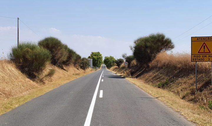 Pavimento de seis estradas do distrito de Évora alvo de melhorias