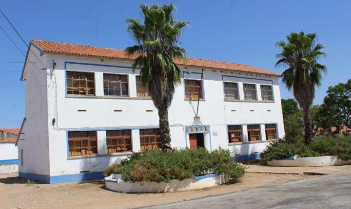 Biblioteca de Mourão beneficia de obras no valor de 372 mil euros