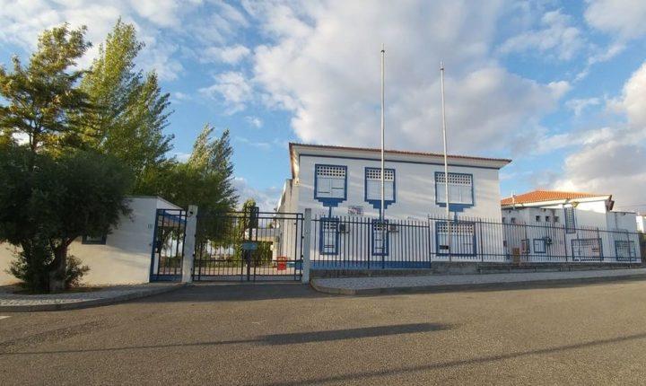 Escola de Alcáçovas retoma aulas após casos de covid-19